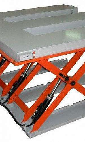 Elevadores de carga pantográfico