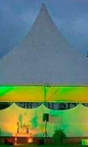 locação de tenda chapéu de bruxa