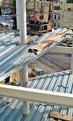 montagem de laje steel deck